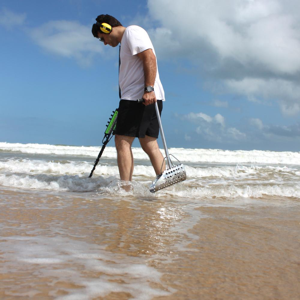 https://www.bodensuche.de/images/excalibur-ii-lifestyle-beach-water.jpg